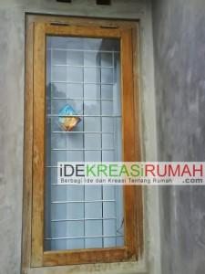 Mempercantik Jendela Dengan Besi Teralis Horisontal Minimalis
