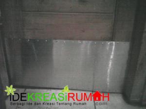 Tips Cara Murah Mencegah Pintu Kamar Mandi Agar Tidak Rusak Keropos