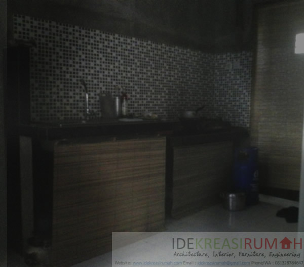 Tirai Bambu pada Dapur Minimalis